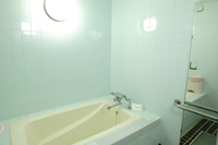 402号室 シャワールーム